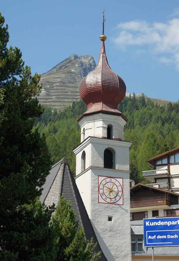 ..Kirchturm St.Theodul..