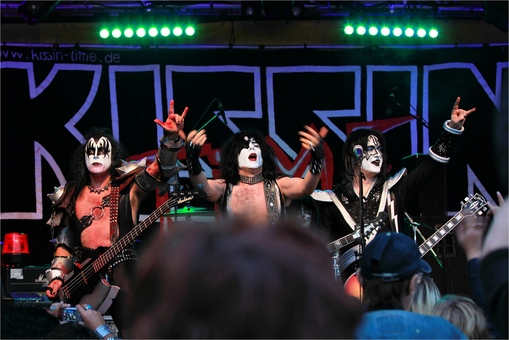 KISS`IN TIME
