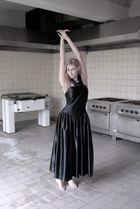 kitchen ballerina