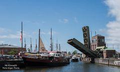 Klappbrücken zwischen Alten und Neuen Hafen