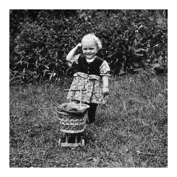 Klein Ilse als Puppen-Mutti