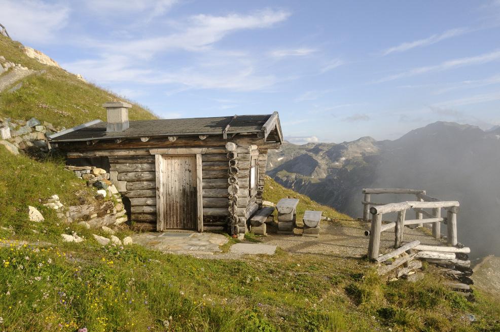 Kleine Hütte ganz hoch