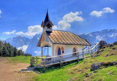 Kleine kapelle neben der Rietzaualm