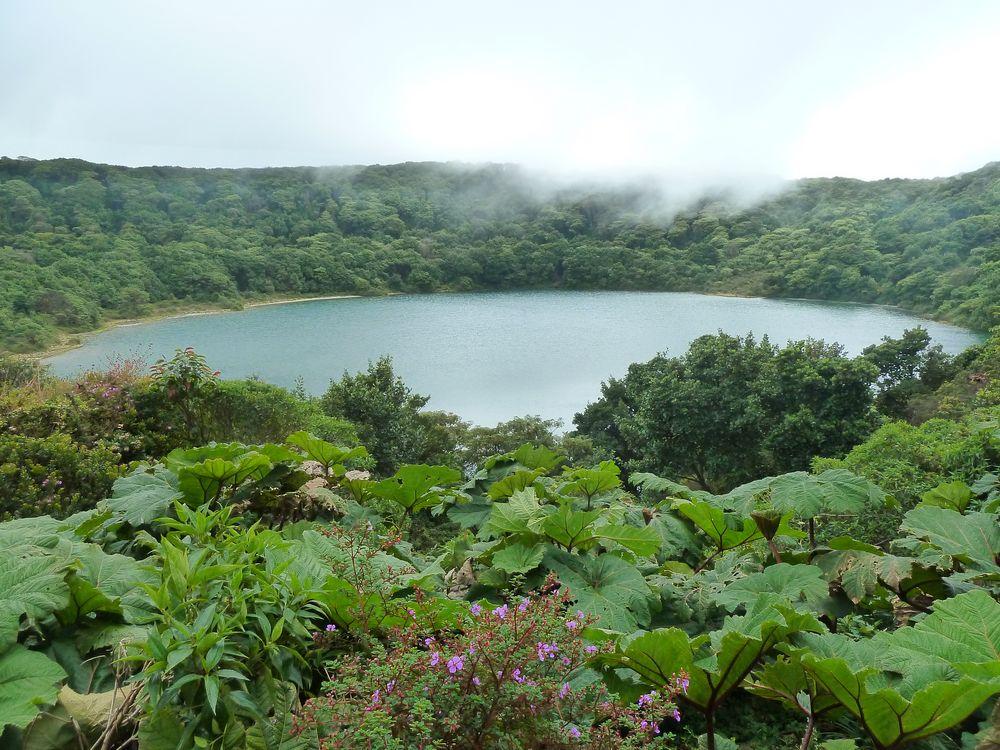 kleiner See am Poàs in Costa Rica
