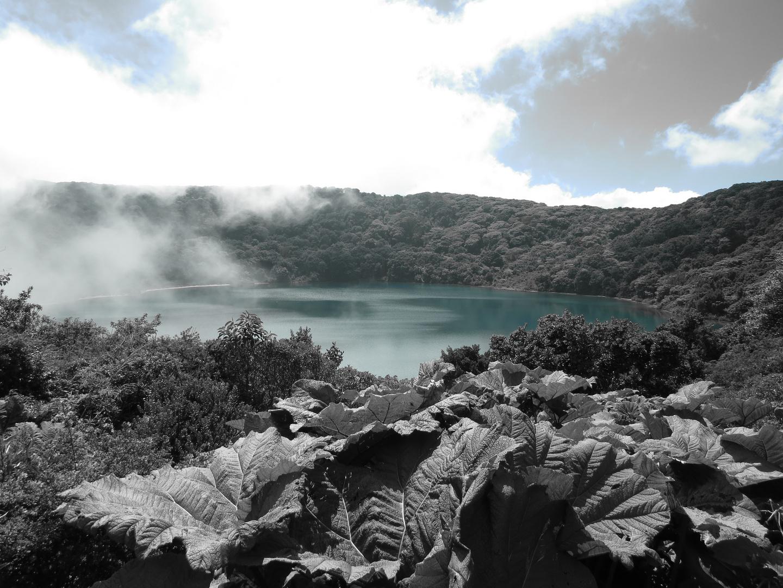 Kleiner See beim Vulkan Poas