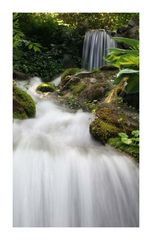 Kleiner Wasserfall im Minter Gardens