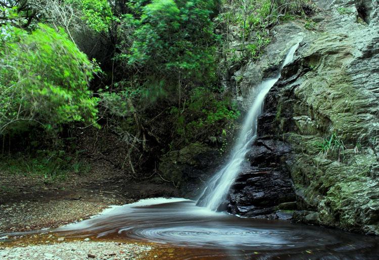 Kleiner Wasserfall im Tsitsikamma National Park