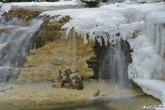 Kleiner Wasserfall in der Nähe von Dübendorf (CH)