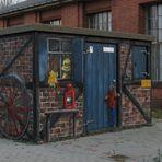 """Kleines, schön """"bemaltes"""" Trafohäusschen in Brandenburg/Kirchmöser"""