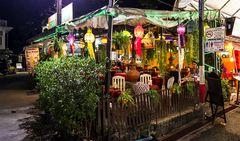 Kleines Straßenrestaurant