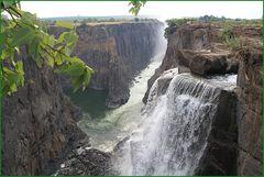 Kletterpartie Victoriafällen Sambia +RADTOUR