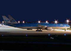 KLM Boeing 777-306(ER) PH-BVB