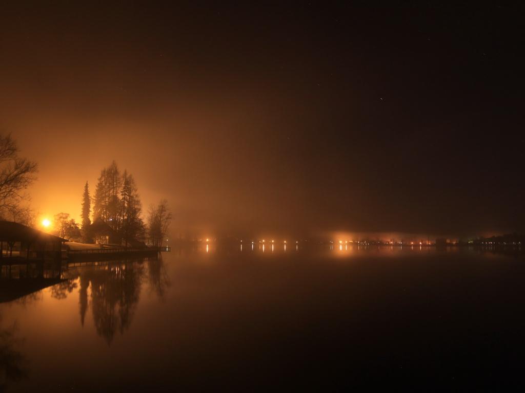 Klopeinersee bei Nacht
