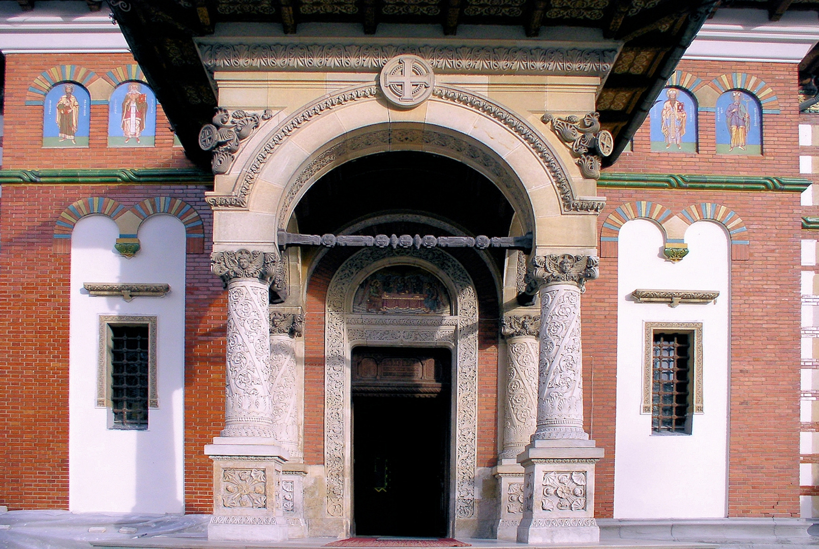 Kloster Sinaia, Eingang zur Kirche