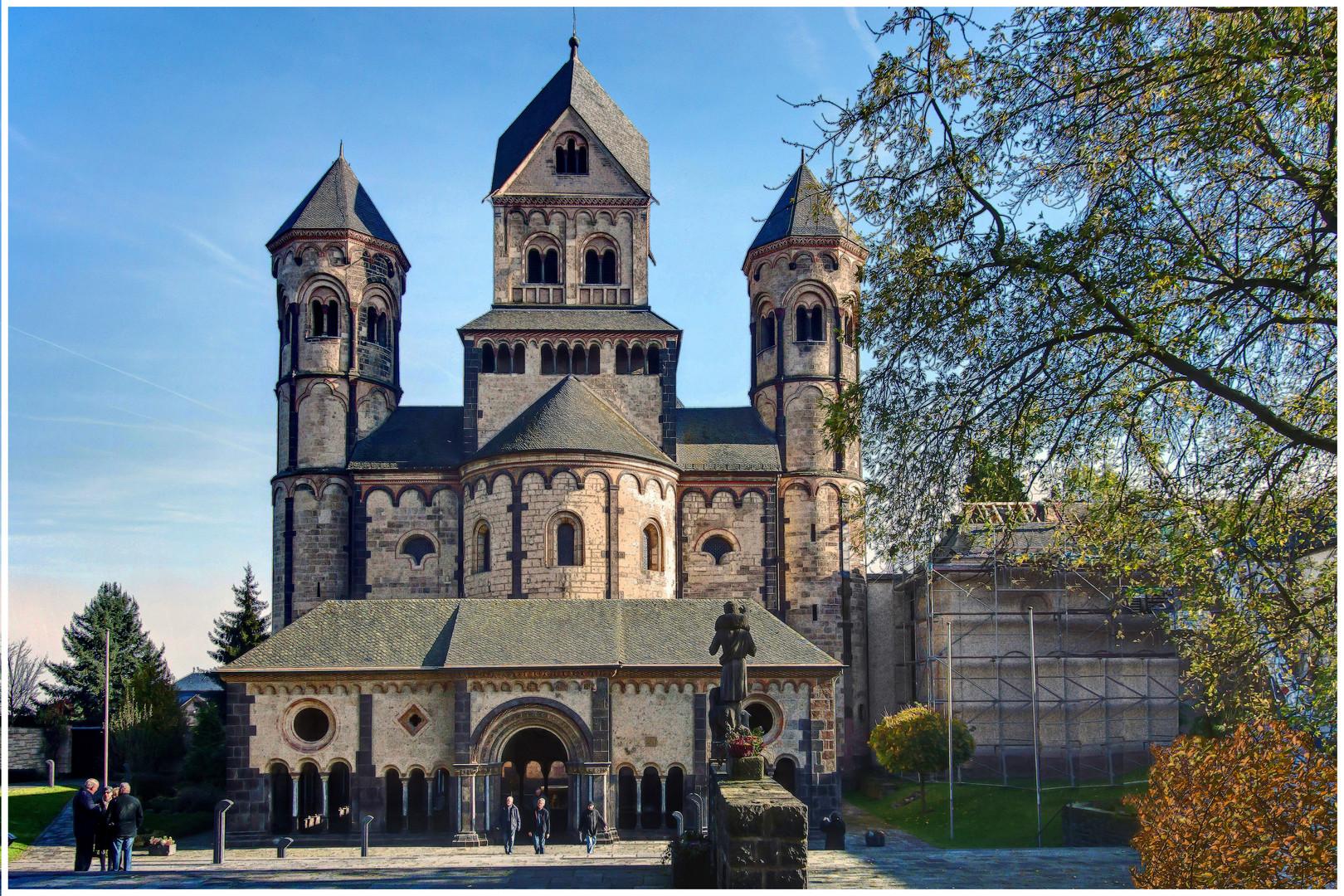 Klosterkirche Maria Laach (in HDR-Bearbeitung m. 5 Bel.-Stufen)
