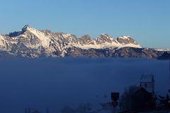 Knapp überm Nebel