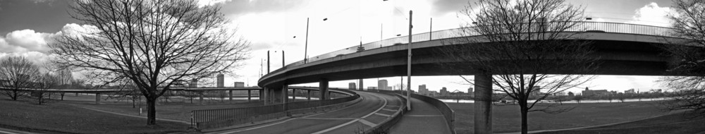 Kniebrücke Panorama