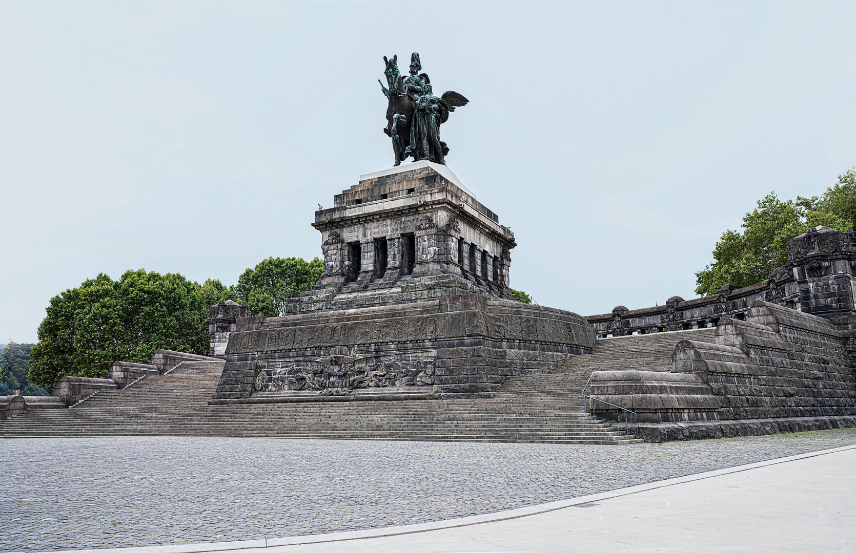 Koblenz_Deutsches-Eck_Reiterstandbild des ersten Deutschen Kaisers Wilhelm I