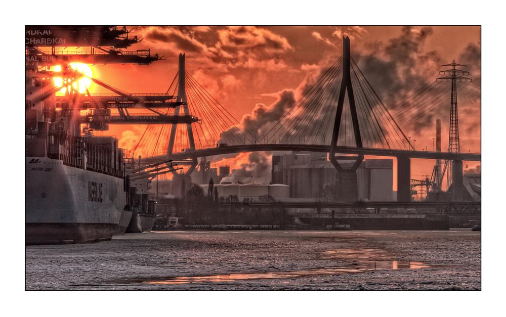 Köhlbrandbrücke 08.20 Uhr -14°