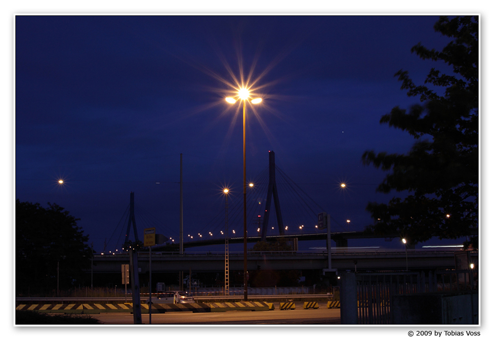 Köhlbrandbrücke by Night