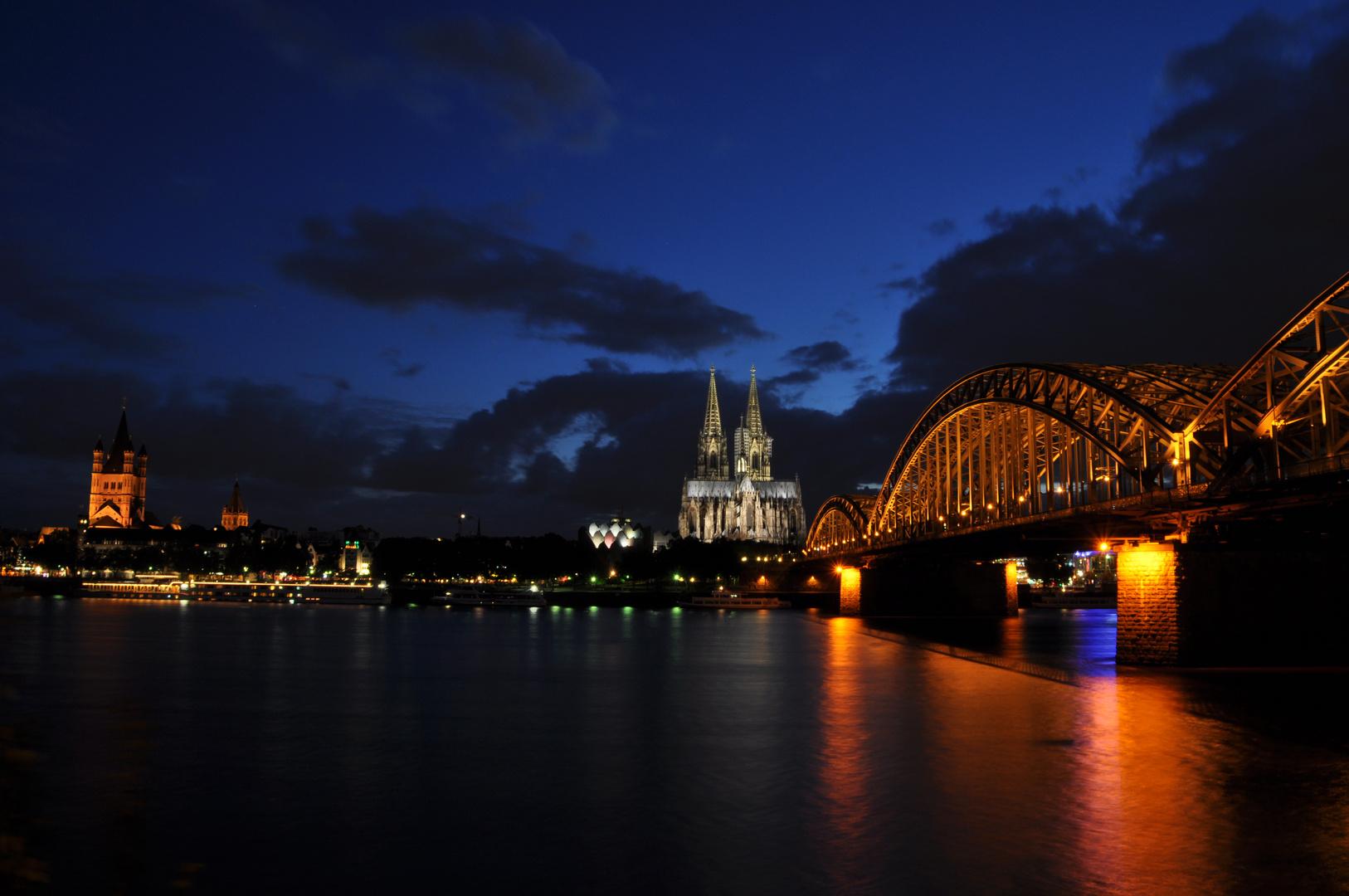 Köln bei Nacht