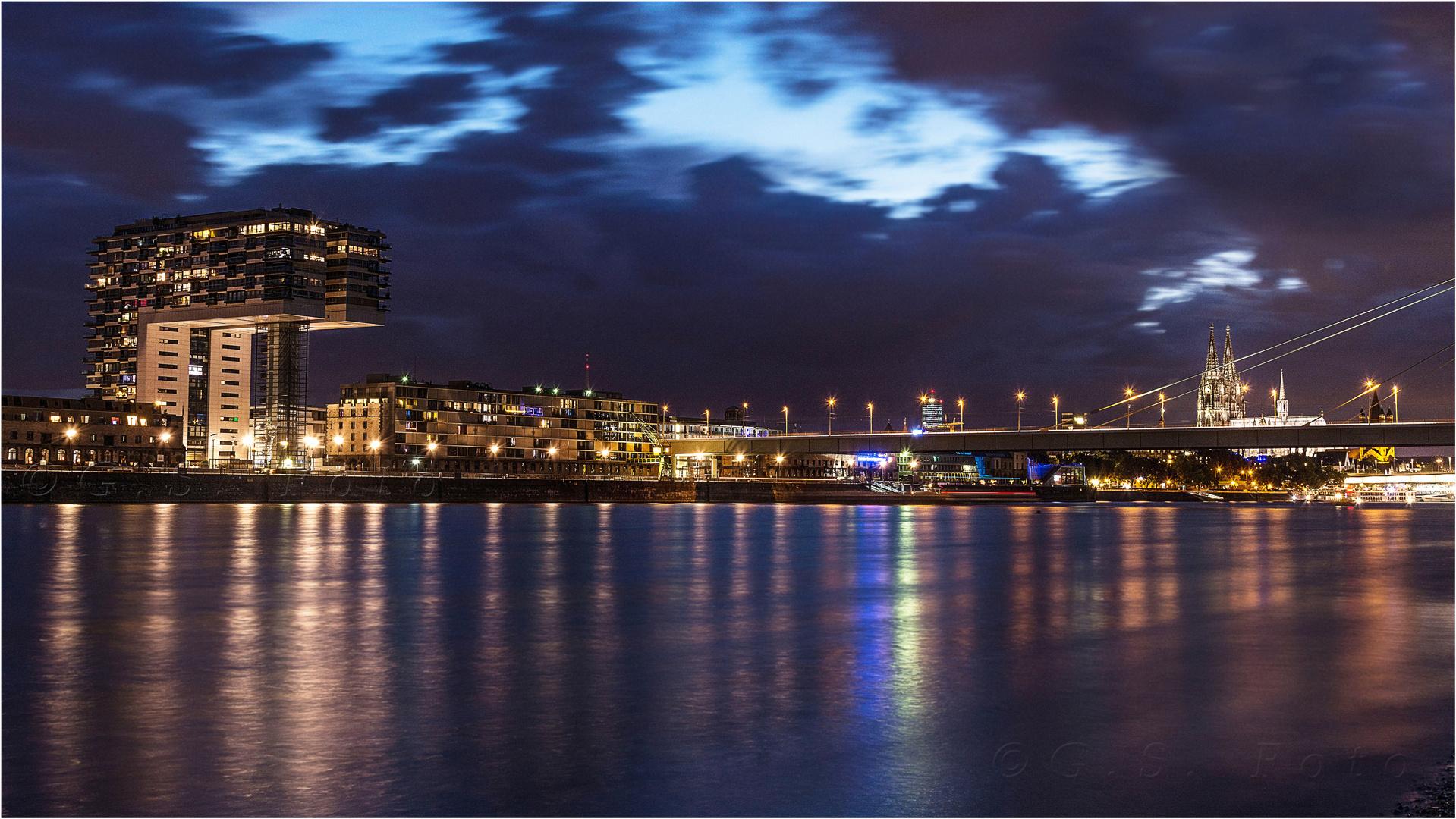 Köln bei Nacht....