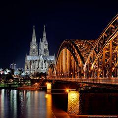 Köln bei Nacht - Kölner Dom und Hohenzollernbrücke