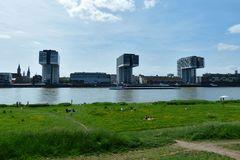Köln - Blick von Köln Deutz auf die Kranhäuser