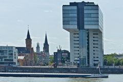 Köln - Blick von Köln-Deutz auf Kranhaus und Stadt