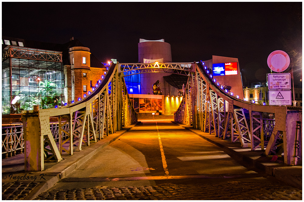 Köln - Brücke zum Schokoladenmuseum