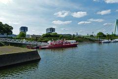 Köln-Deutz - Bootanlegestellen am Hafen