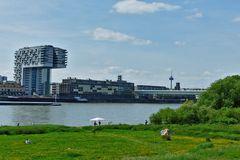 Köln - Kranhäuser, Severinsbrücke, Fernsehturm von Deutz aus