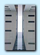 Köln neuer Hafen - moderne Architektur von unten