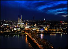 Köln Triangle View @ Night