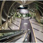 Köln - U-Bahn am Heumarkt - Blick nach unten -