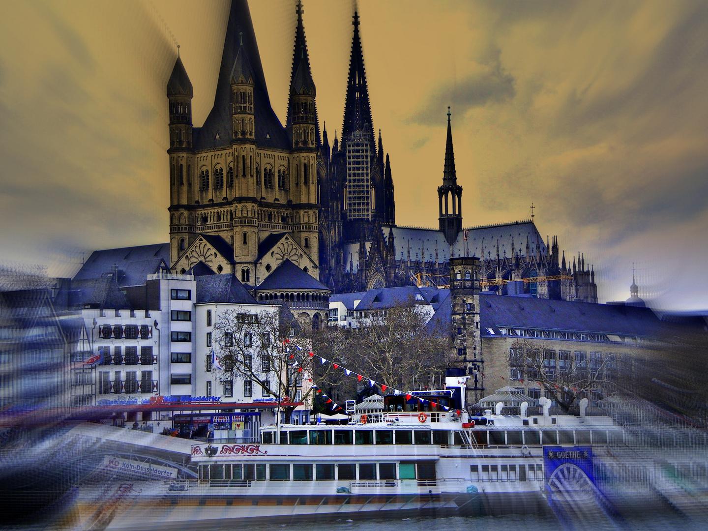 Köln vom Wasser aus