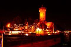 Köln- Weihnachtsmarkt  Am Malakoff-Turm am Schokoladenmuseum