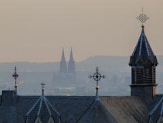 Kölner Dom im Dunst + Abendlicht