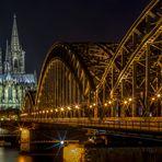 Kölner Dom in der Nacht