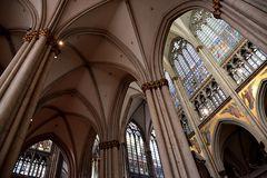 Kölner Dom-Innenarchitektur