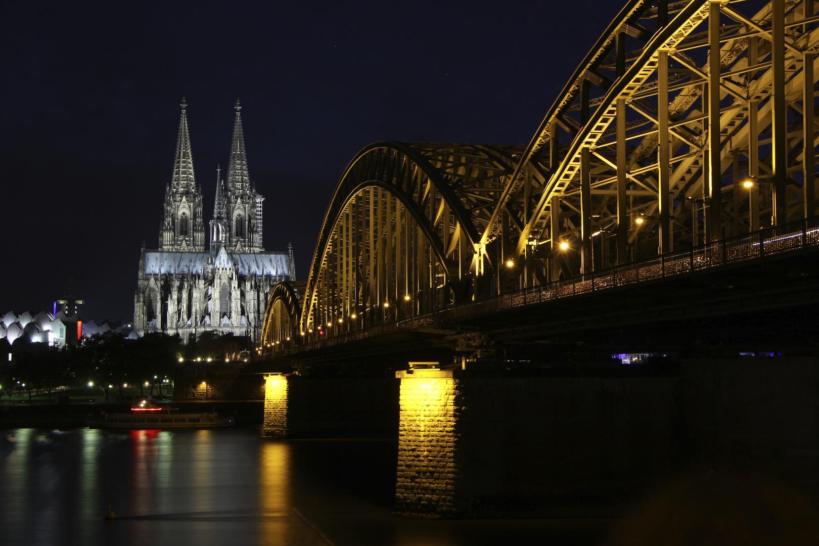 Kölner Dom und Hohenzollernbrücke 2
