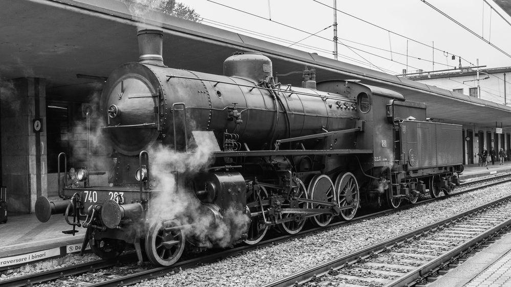 -- König Dampf in Trento --