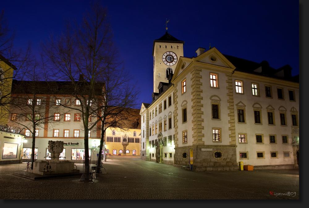 Kohlenmarkt mit Blick zum Rathaus - Regensburg