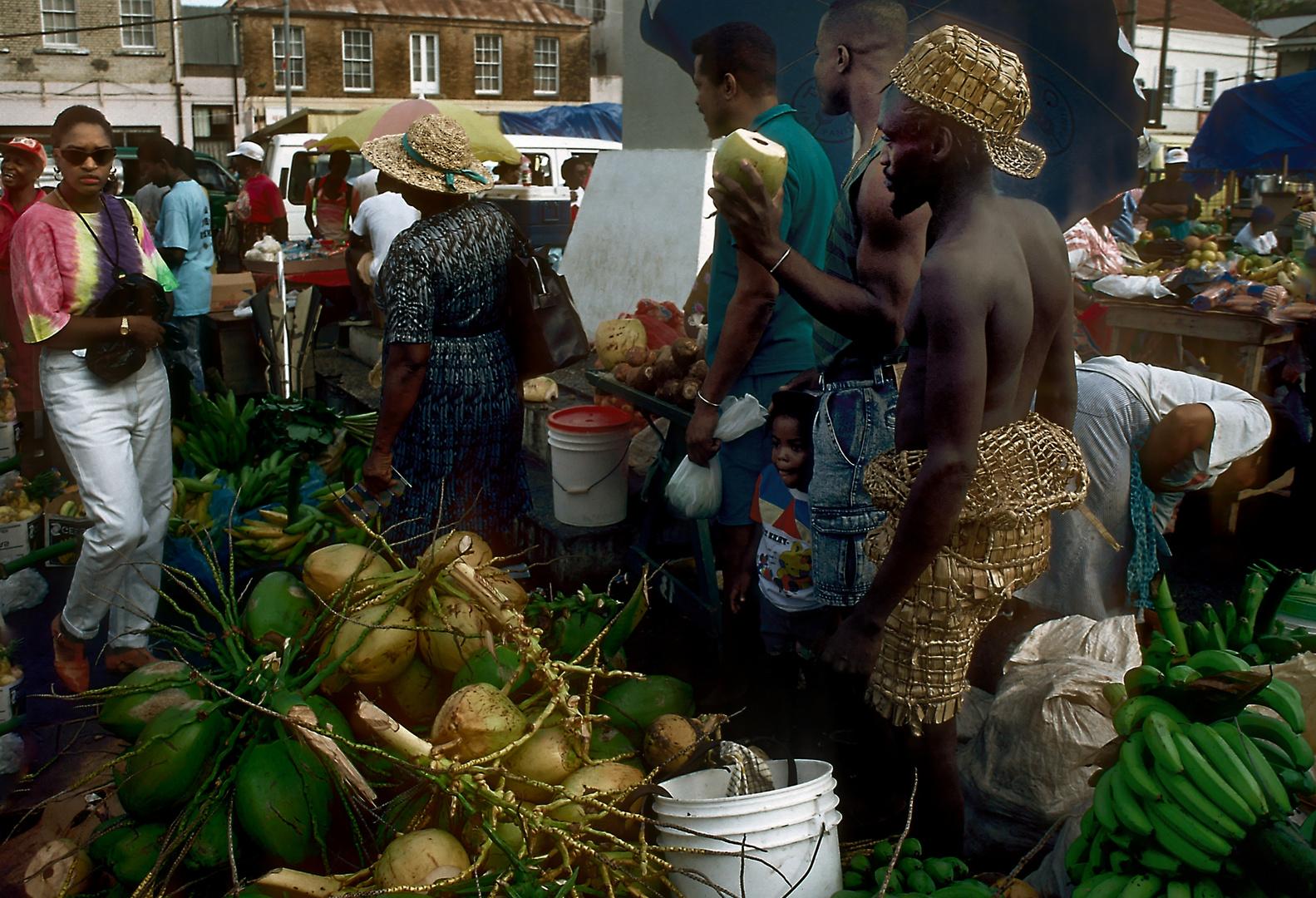 Kokosnussverkäufer in St Georges