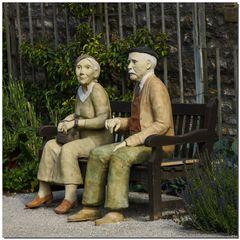 Komm in den Garten mit mir _Ton, hochgebrannt, bemalt / 2011_