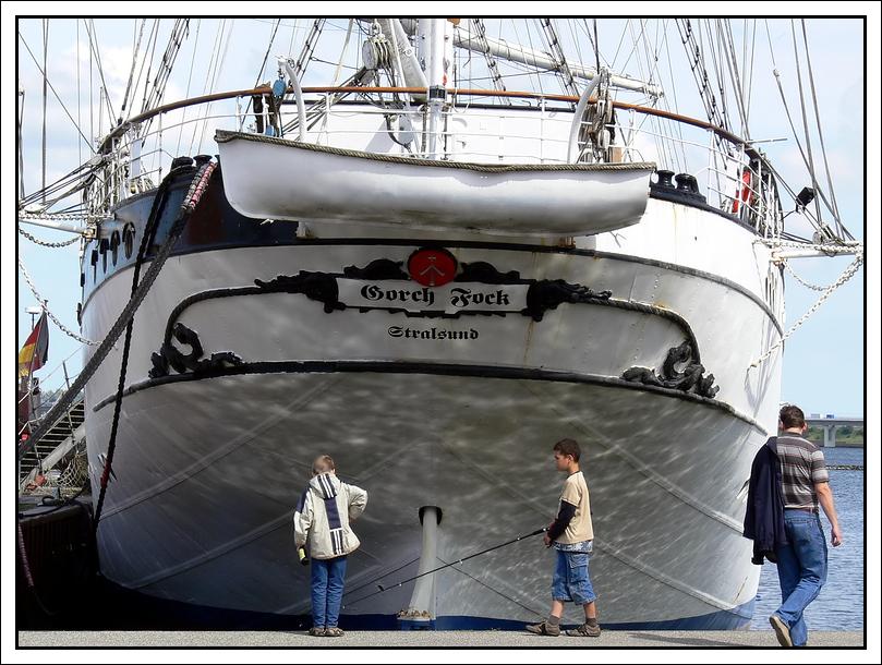 Komm wir angeln uns ein Segelschiff !