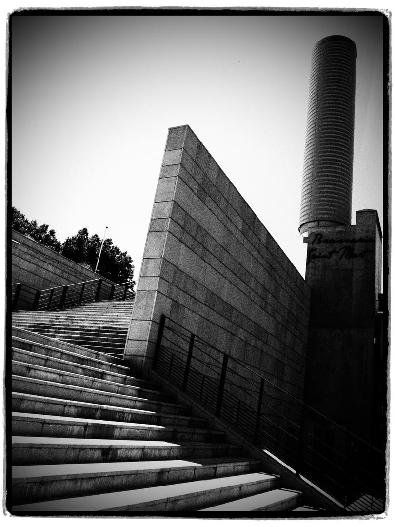 Kommt ne Treppe um die Ecke...