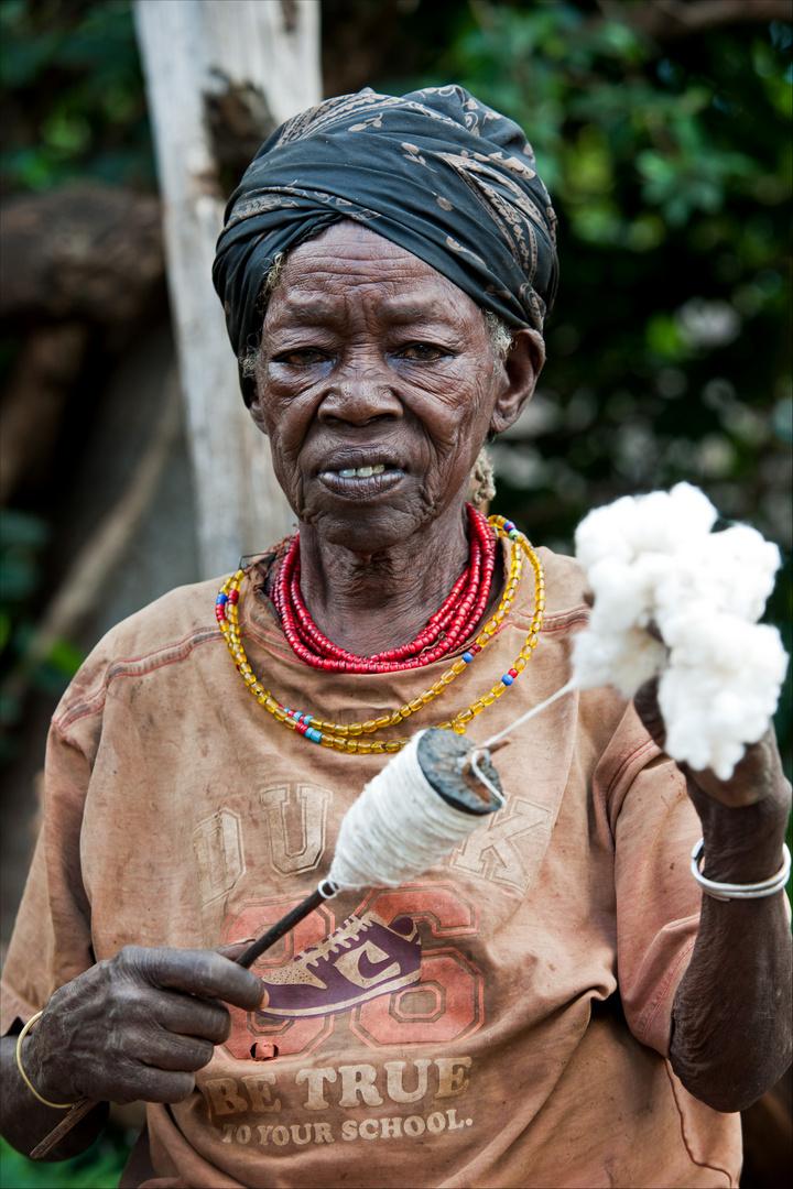 [ Konso Tribe Woman ]