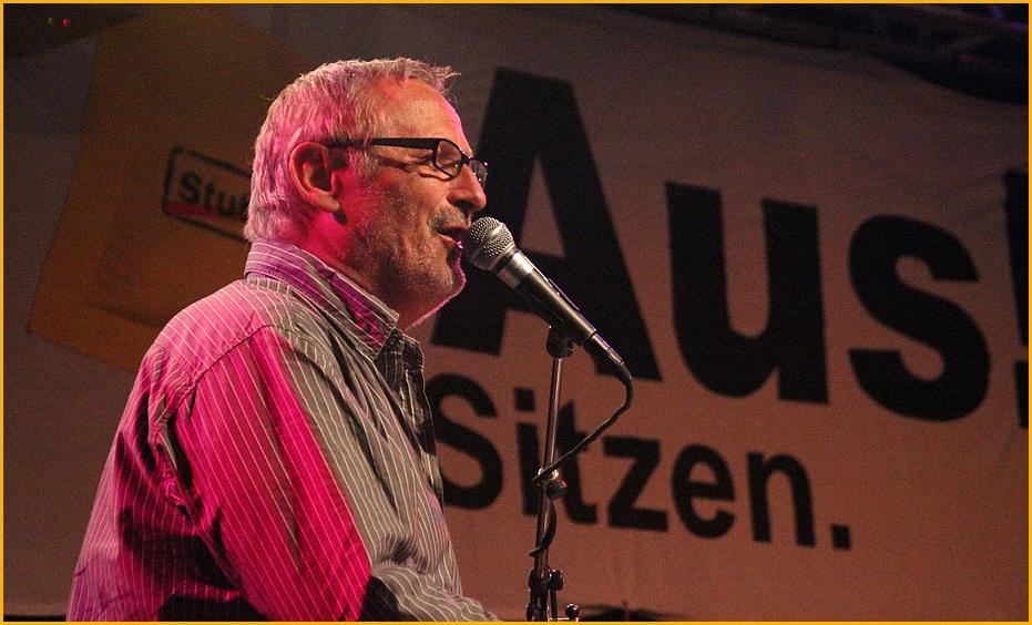 Konstantin Wecker singt Stuttgart K21 +2011 Sitzblockade +5Fotos