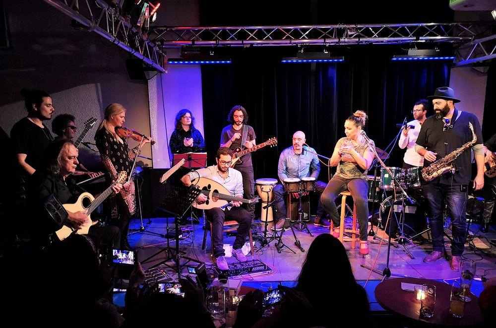Konzert Stgt LAB World Music P20-19-16-col +Hinweis +7Fotos